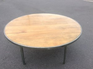 1-5m-round-wooden-table